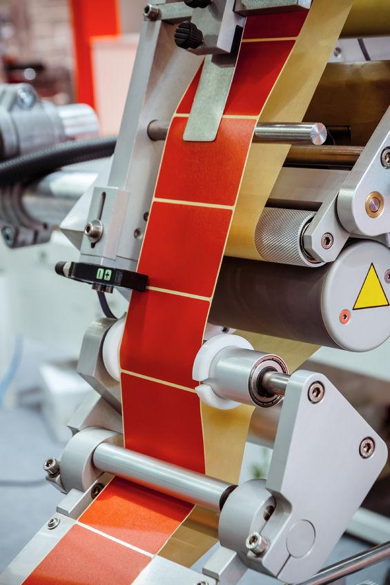 101121899 - automatic labeling machine.